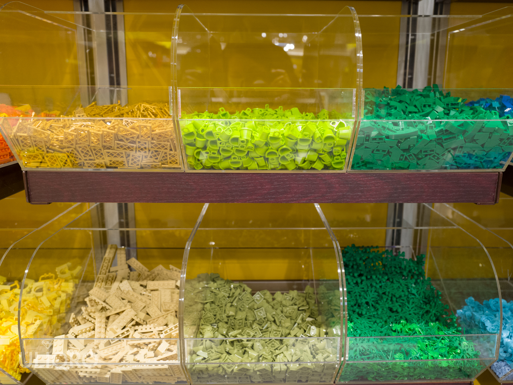 レゴランド・ジャパンのピック・ア・ブリックが便利!欲しいパーツをたくさん買ってビルダーを目指そう