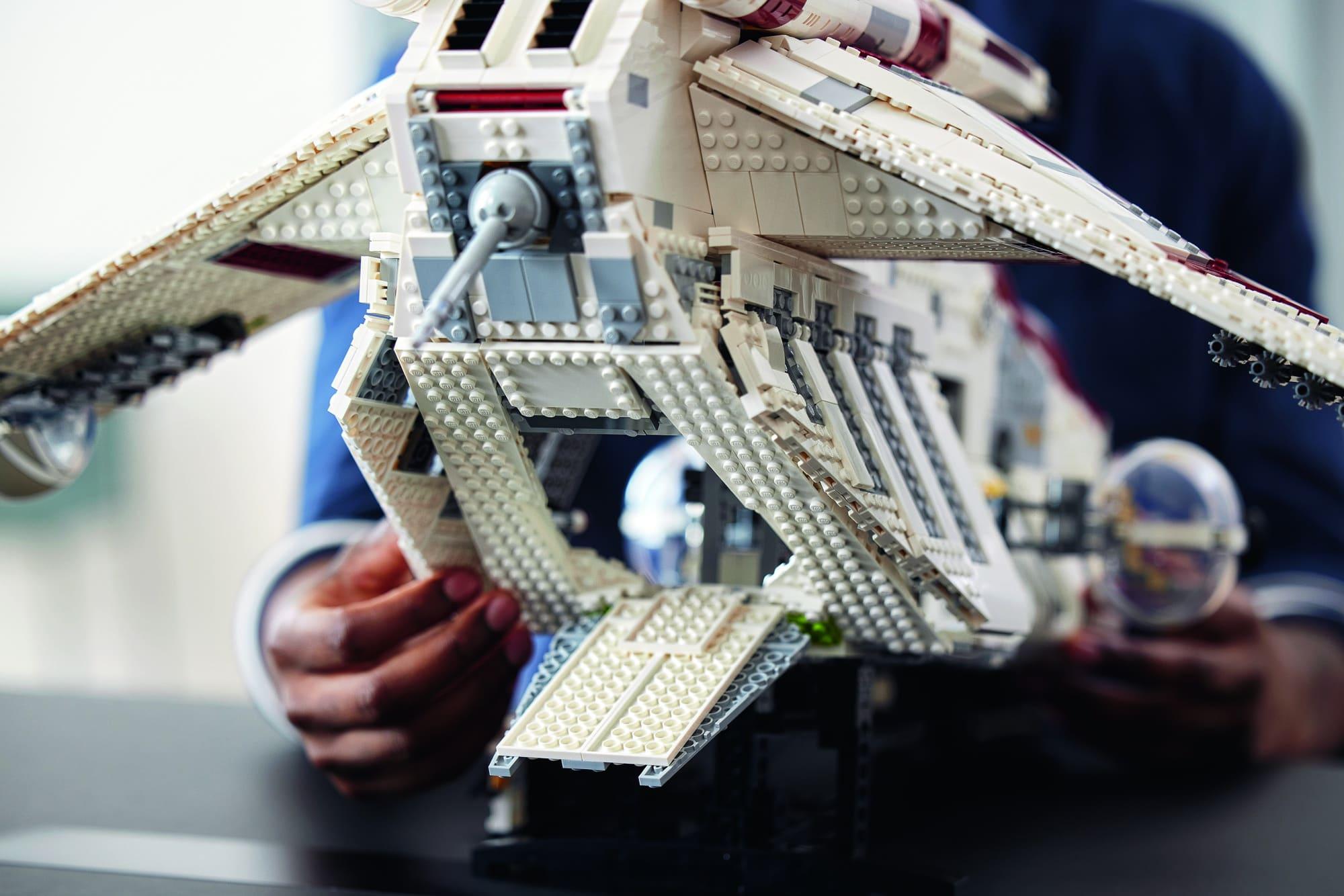 まもなく発売レゴ『75309 リパブリック・ガンシップ』スター・ウォーズ新製品情報(2021)
